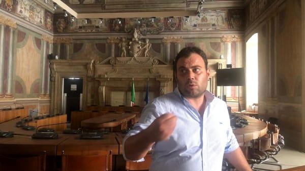 Comune di Terni, Fiorini occupa il consiglio comunale: il sindaco ha tradito noi e gli elettori