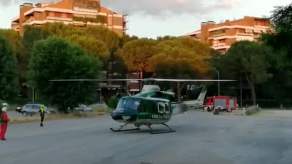 Ospedale di Terni, atterraggio di emergenza al parcheggio/VIDEO
